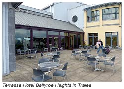 Terrasse im Hotel Ballyroe Heights in Tralee
